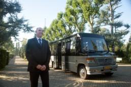 zeven jaar uitvaartbusservice